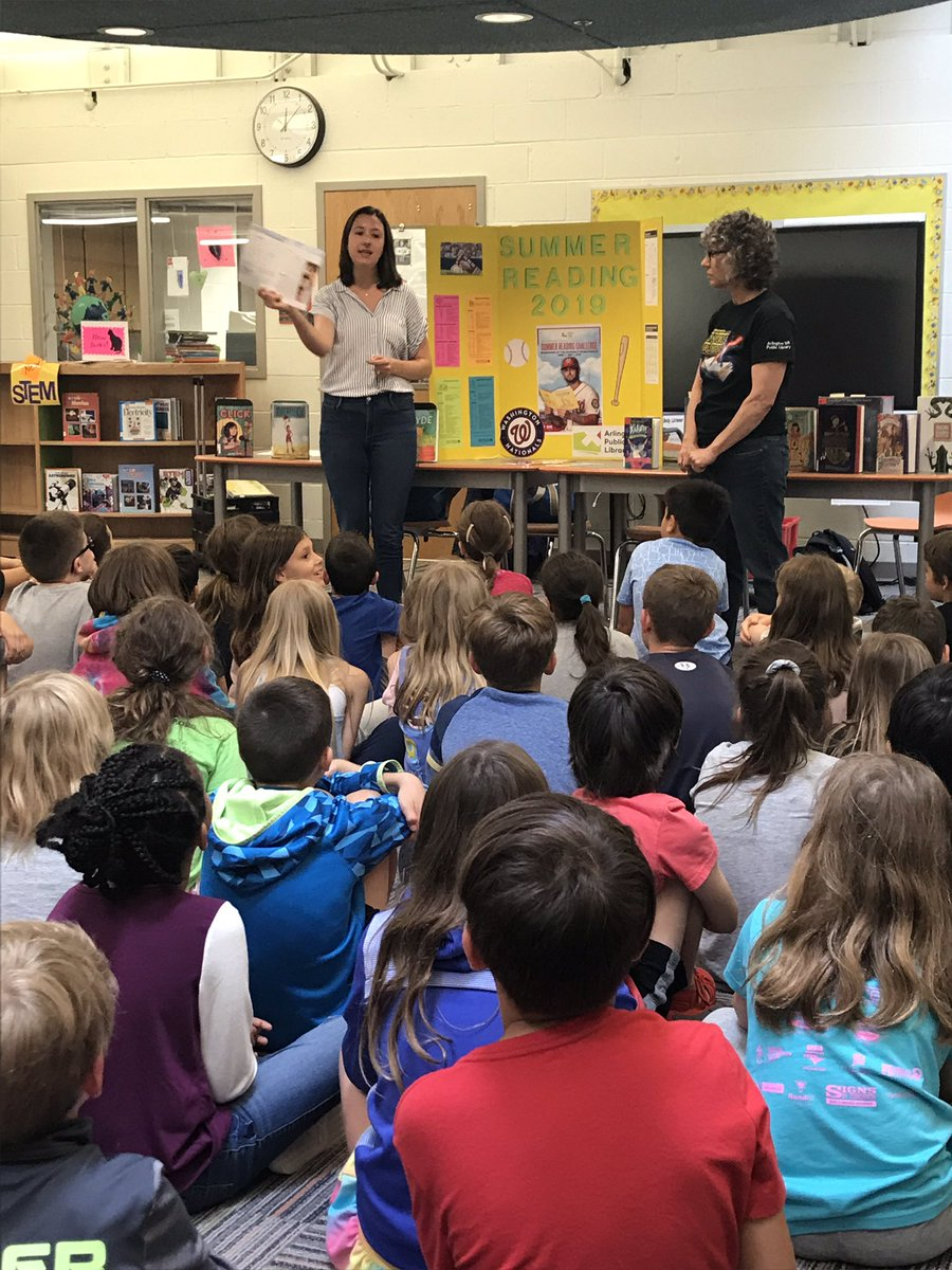 Talking about summer reading with the Westover librarians 📚 <a target='_blank' href='http://search.twitter.com/search?q=MCKAPS'><a target='_blank' href='https://twitter.com/hashtag/MCKAPS?src=hash'>#MCKAPS</a></a> <a target='_blank' href='http://twitter.com/McKinleyReads'>@McKinleyReads</a> <a target='_blank' href='https://t.co/T5re8eEM4D'>https://t.co/T5re8eEM4D</a>