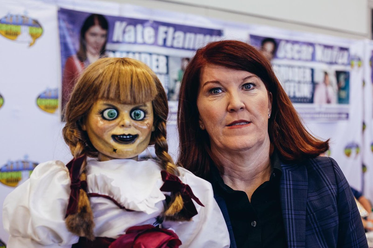 Roads? Where Annabelle is going, she doesn't need roads… Annabelle possessed some of your favourite stars this weekend @NFComicCon on the #HavocTourCanada! #AnnabelleComesHome is in theatres June 26!