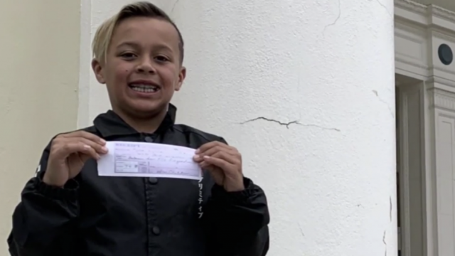 9-year-old boy pays off entire school lunch debt for his class after saving his allowance http://hill.cm/ChfIQWu