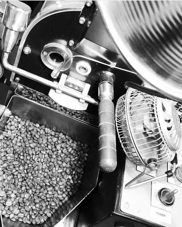 Sample roasts are happening at Gray Squirrel Coffee in North Carolina on their USRC Roaster! <br>http://pic.twitter.com/JHl2GAd3nV