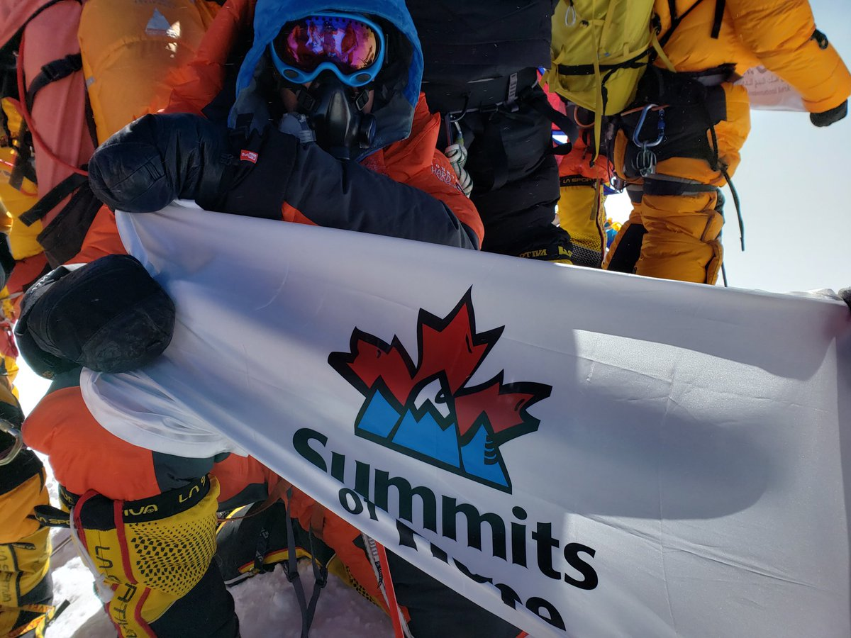 This is a sight we are so incredibly proud to see - our flag flying at the summit of Mount Everest. 🗻🚩  Thank you Chris (@dare7summits) for taking #SummitsofHope to the top of the world & raising more than $11,000 for the kids at @BCCHF along the way.  #Everest2019 #forthekids