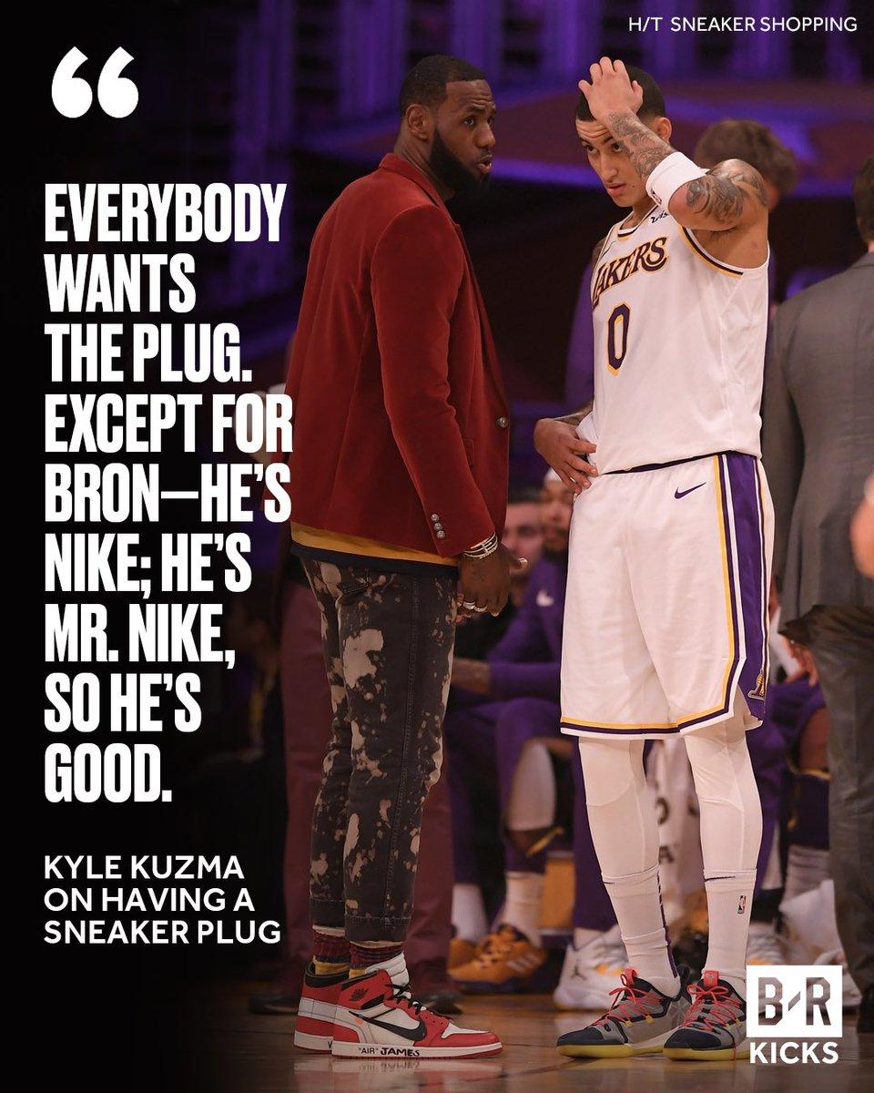 775399c52a KingJames is Mr. Nike.pic.twitter.com/CI68KUHzmk