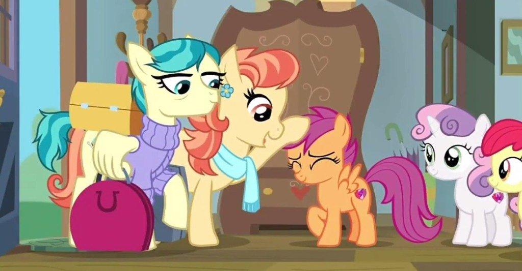 #MyLittlePony Cartoon Debuts Same-Sex Couple #MLPFiM #MLP  https://www. comicsbeat.com/my-little-pony -pride-month/  … <br>http://pic.twitter.com/gvL5SDsuii