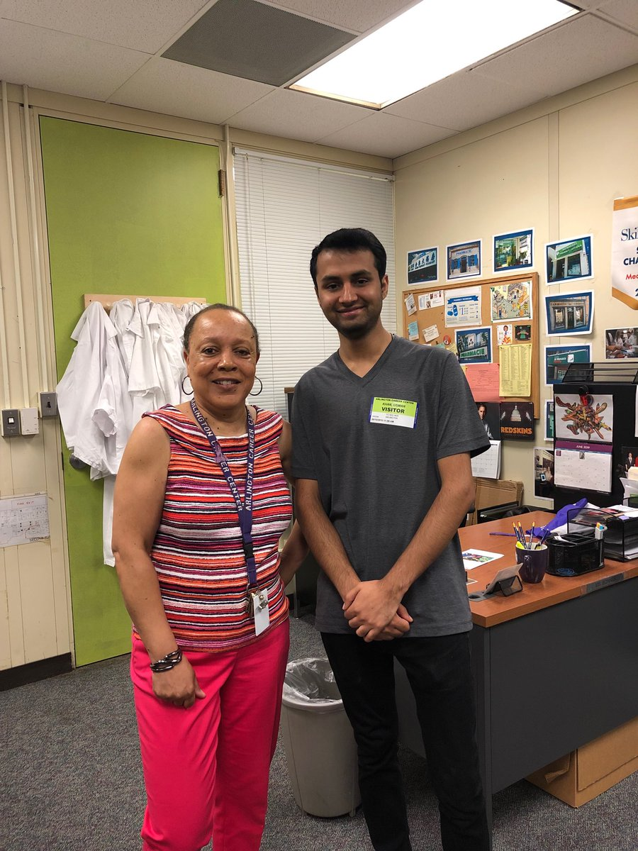 Always great when former students come back to visit. Usman is currently at NOVA, has great grades & has just interviewed for a job at CVS as a pharm tech. ⁦<a target='_blank' href='http://twitter.com/APSCareerCenter'>@APSCareerCenter</a>⁩  ⁦<a target='_blank' href='http://twitter.com/Margaretchungcc'>@Margaretchungcc</a>⁩ ⁦<a target='_blank' href='http://twitter.com/MsBakerACC'>@MsBakerACC</a>⁩ ⁦<a target='_blank' href='http://twitter.com/APHealeyACC'>@APHealeyACC</a>⁩ ⁦<a target='_blank' href='http://twitter.com/APS_CTAE'>@APS_CTAE</a>⁩ <a target='_blank' href='https://t.co/ocU2Zepr7h'>https://t.co/ocU2Zepr7h</a>