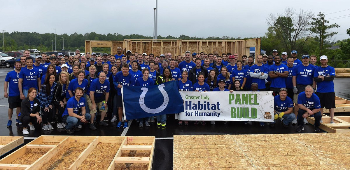 2️⃣0️⃣1️⃣9️⃣ @IndyHabitat Panel Build is complete! Shoutout to our @Colts and @STANLEYSecurity volunteers who made it possible. #ColtsHuddlefor100