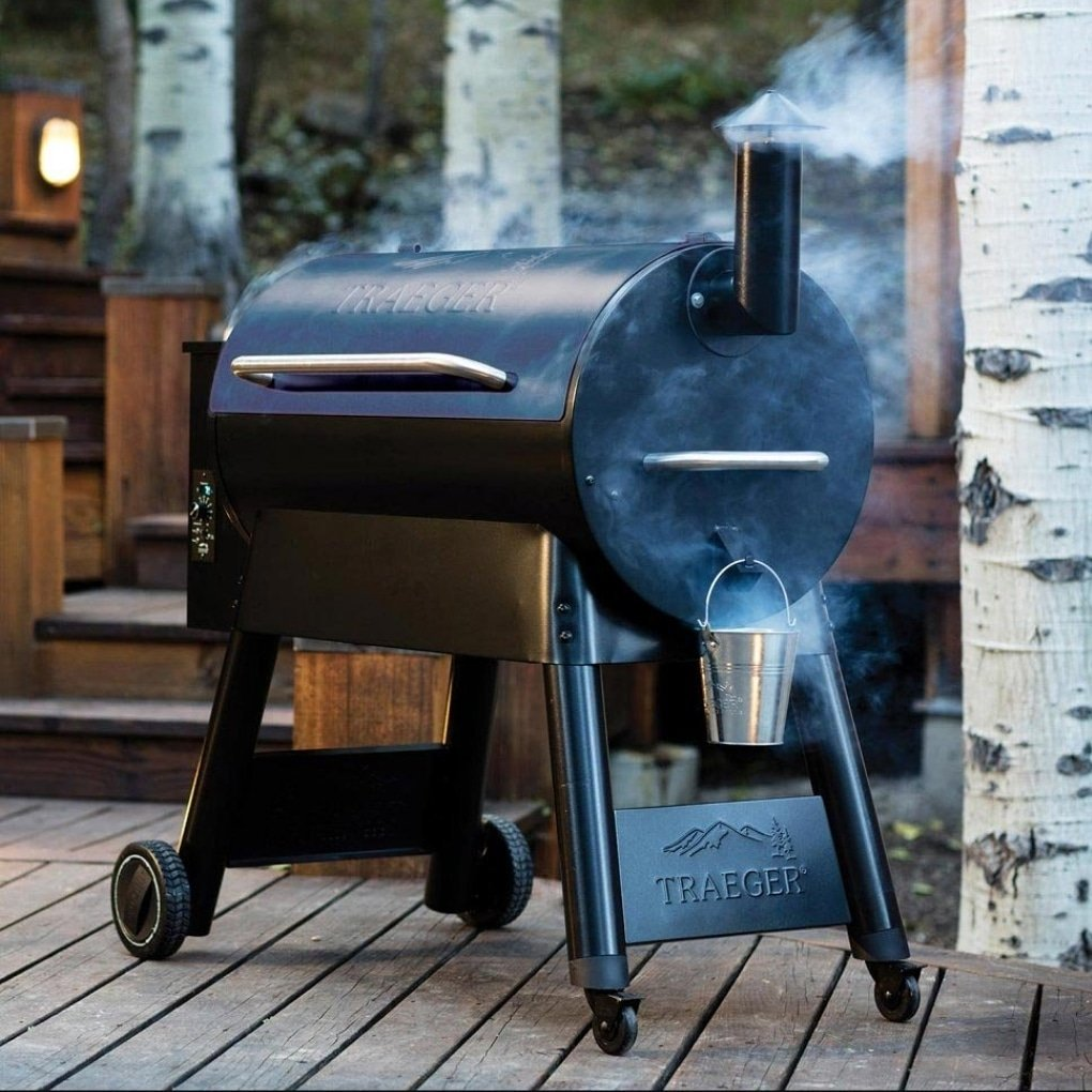 Set Dad up as the best griller on the block this Fathers Day. The Pro 34 is on sale with a cover, pellets and delivery for £749. #ukbbq #FathersDay #FathersDayGiftIdeas #BBQ #TraegerGrills #uk #giftideas