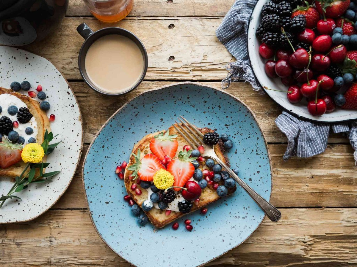 Make sure you don't miss your FREE ORGANIC BREAKFAST on Weds thanks to #WakeUpToOrganic   https:// buff.ly/31pcBla       @SoilAssociation @organicUK<br>http://pic.twitter.com/k4HdgpDO3v