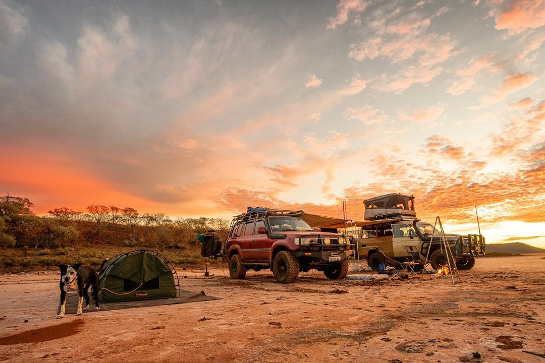 """""""Salt lake sunrises are definitely worth getting up early for."""" We totally agree with IG/firetofork, who looks to have set up a pretty good camp spot here in Paynes Find! The skies over the Gascoyne Murchison sure have been turning it on for visitors lately. Pic: IG/firetofork"""