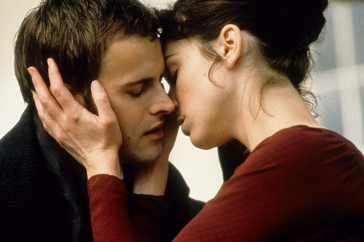 @runwithskizzers @SanguMandanna Jonny Lee Miller in Mansfield Park is exceptionally toothsome.