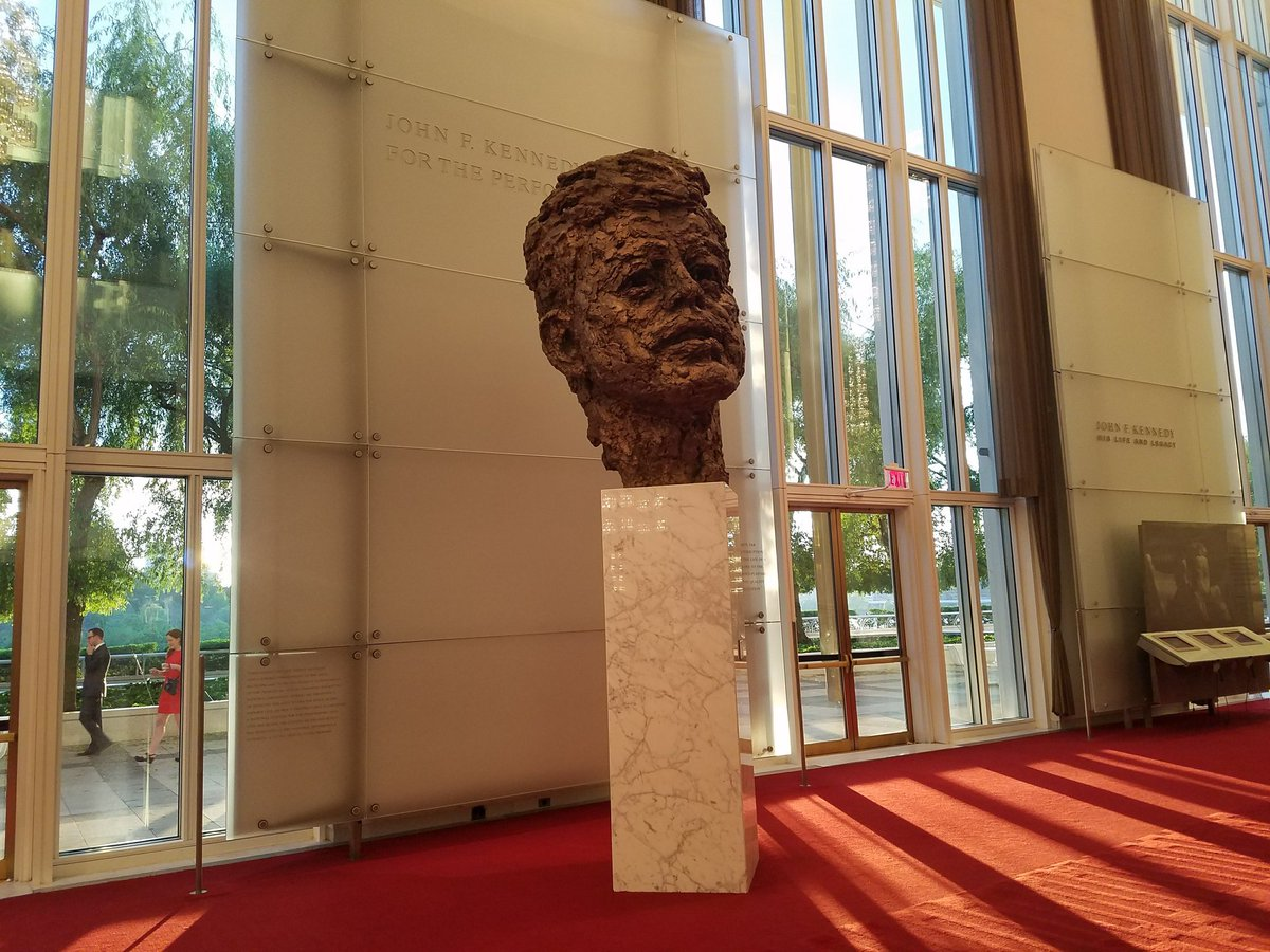Our great @BrightsparkTour group is enjoying a relaxing evening walk through of @kencen John F. Kennedy Memorial Center for the Performing Arts here in #DC. #potomactours #8thgradetrip #seetheusa #studenttours #johnfkennedy #kennedycenter<br>http://pic.twitter.com/liLHbS55br