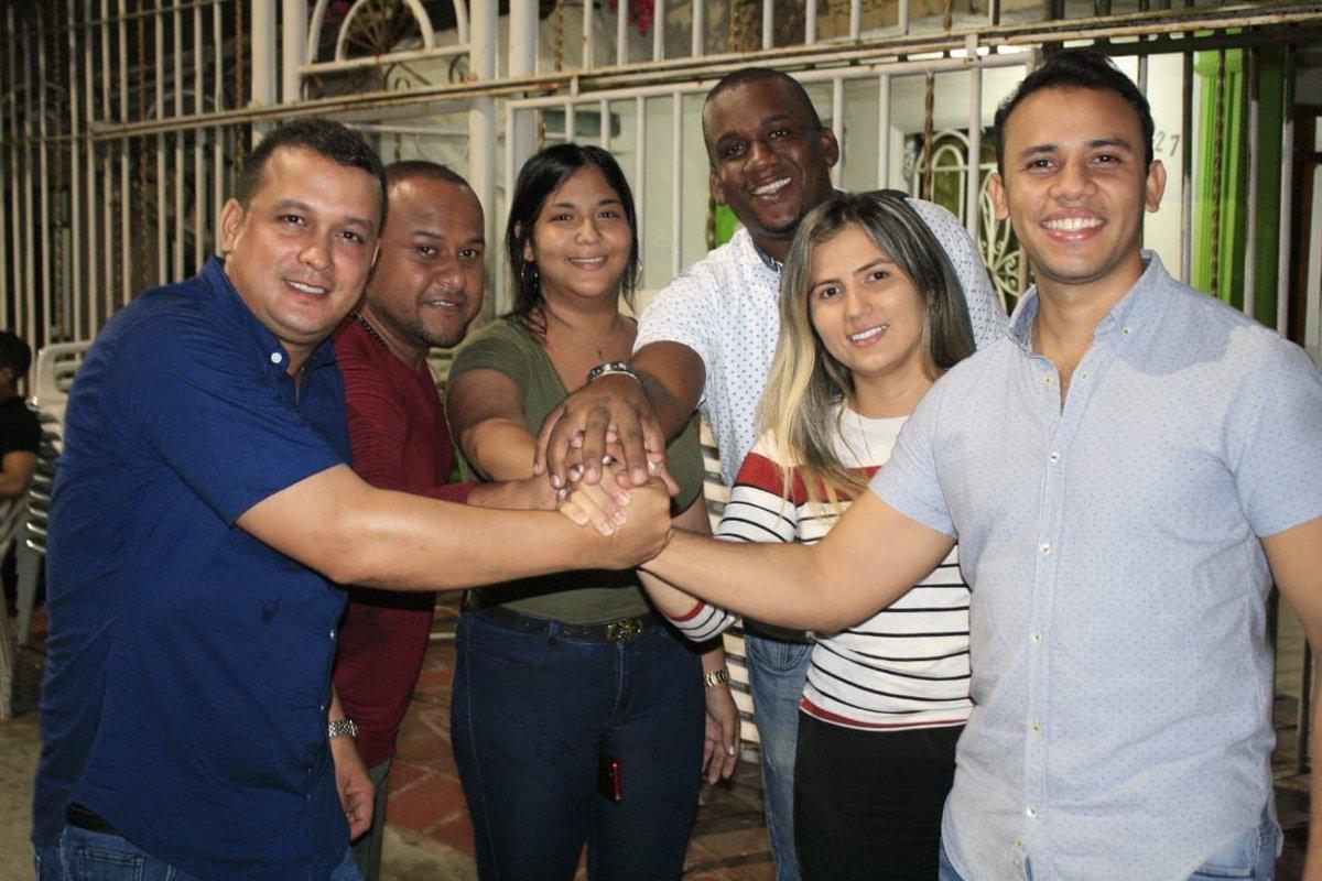 Con mucho entusiasmo seguimos recorriendo nuestra ciudad, queremos hacer equipo con los Barranquilleros. #JuntosCrecemos #JovenesPorBarranquilla #HagamosEquipo