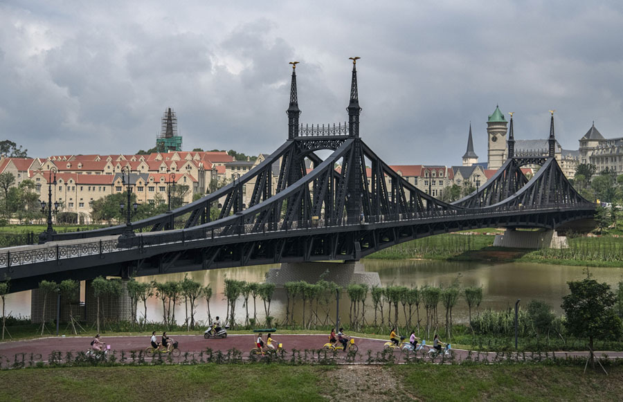 3/Or this replica of the Liberty Bridge in Budapest