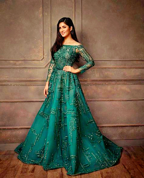 Ethereal Beauty 💚 Katrina Kaif is a goddess 🧡 She looks really graceful & exquisite.. #Magical https://t.co/w009E6lZ7f