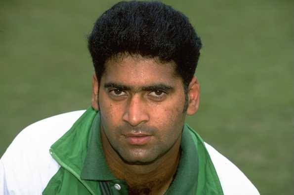 Just heard the sad news that one of my fellow cricketers Akhtar Sarfraz passed away fighting cancer at the young age of 43. Thorough gentleman who used to play from Peshawar, also played 4 ODIs for Pakistan. We have played several domestic matches together.