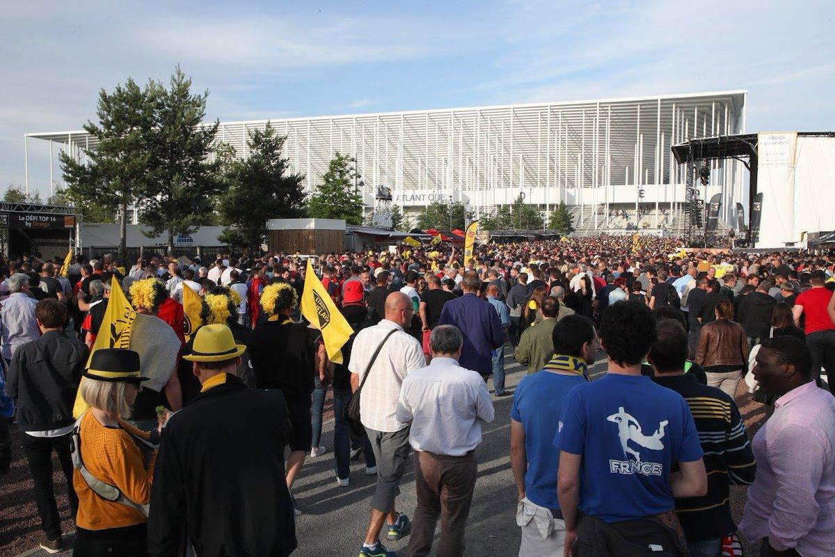 Ambiance extraordinaire. #Bordeaux a vécu de très belles #DemiesTOP14 ce weekend. Nous avons relevé ce défi. Je tiens à féliciter et remercier toutes celles et tous ceux qui nous ont permis d'accueillir les équipes et leurs supporters dans d'excellentes conditions. Bravo !