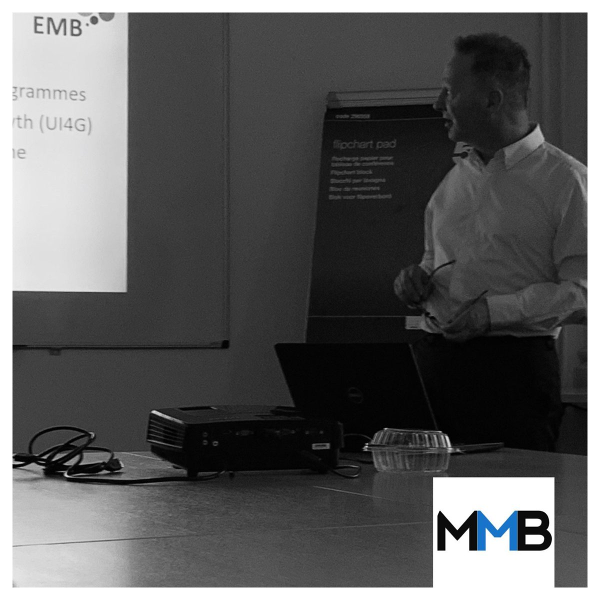 Interesting presentation from @DavidSmithOwls at this morning's @its_mmb meeting @mansfield_i - talking grants for growth-minded business. #mansfield #ashfield #business