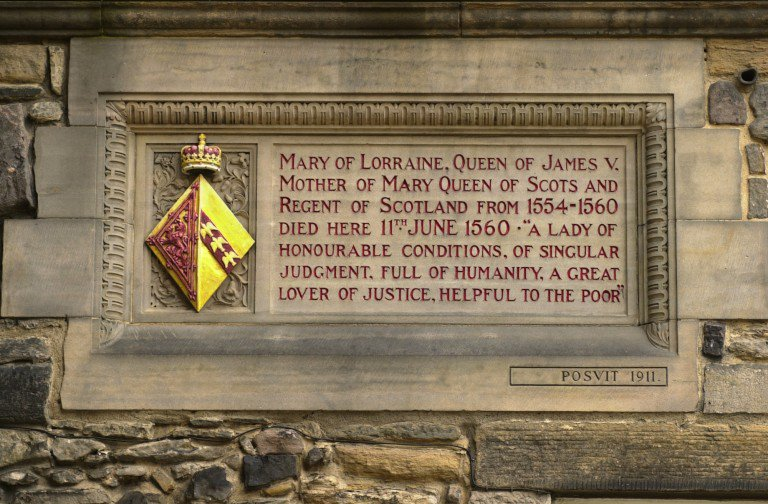 #OTD in 1560 Mary of Guise, widow of James V and mother of #MaryQueenOfScots died at the castle. She is commemorated with this stone plaque, found in the corner of Crown Square.