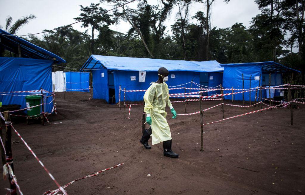 Ebola: Urgence enRDC  http:// dregrezero.com/2019/06/11/ebo la-urgence-en-rdc/  … <br>http://pic.twitter.com/8b0C3Fk9ud