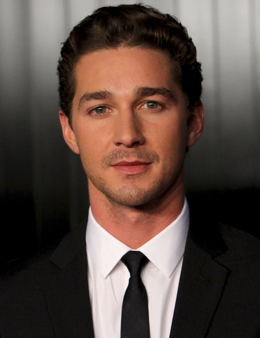 Happy 33rd birthday ti Shia LaBeouf, born on this date in 1986.