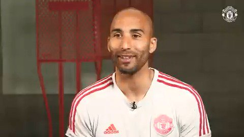 Who's looking forward to this summer's #MUTOUR, then?  Lee Grant certainly is 😁 #MUFC