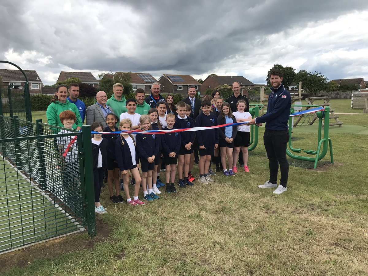 Thanks Mudeford Junior School in #Christchurch #Dorset for inviting us to the opening of their MUGA, part funded by our Whole School Approach project. It's great to hear how the kids are already benefiting from using the gym equipment physically & emotionally. #StartingWell <br>http://pic.twitter.com/34BmqzoJJF