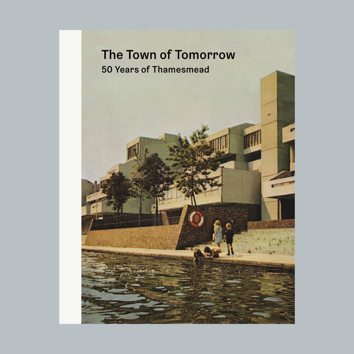 i am giving a talk at @DesignMuseum about Thamesmead with @bnwvr @HEREONTHEWEB and Tara Darby on Wed 11 September. For further info: designmuseum.org/whats-on/talks…