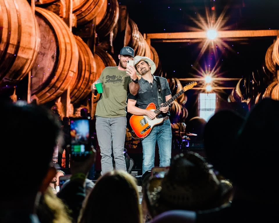 .@RileyGreenMusic is headed back home to Alabama with @BradPaisley and @iamchrislane! Don't miss them when the world tour stops in Birmingham on Friday, July 19 -  https:// livemu.sc/31p9gTh    <br>http://pic.twitter.com/QsRnkcIJ4e