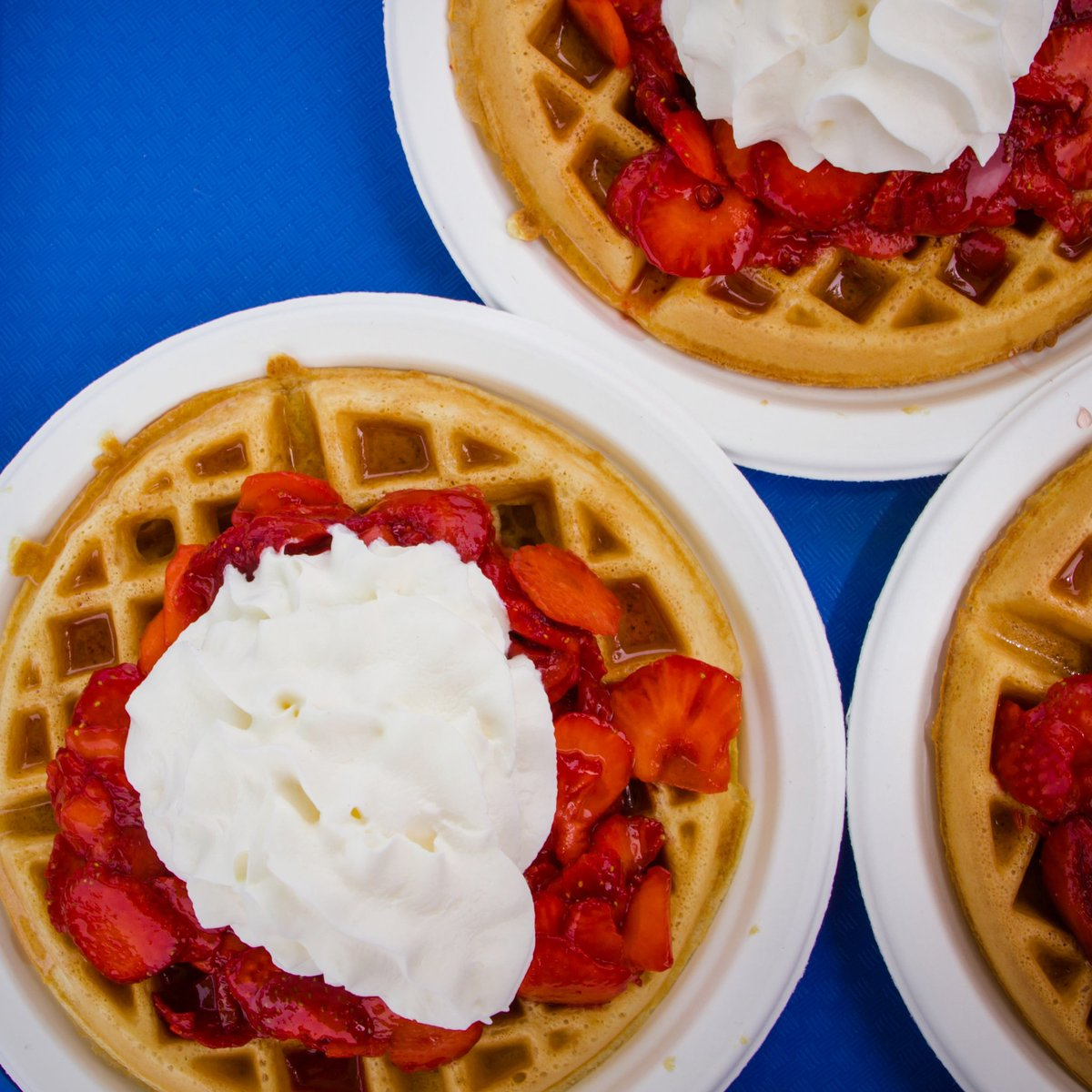 Have you tried the waffles from @KrauseBerryFarm? They are TO DIE FOR!  #CircleFarmTour #LangleyBC #bcberryfarm #Strawberry #locallyobsessed #bcfarmfresh #wafflelove https://t.co/PtAWSqgs0p
