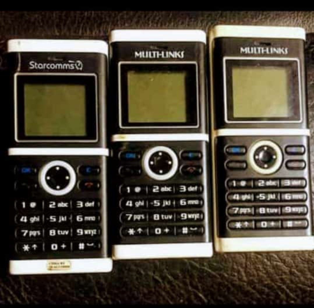 Retweet if you've ever use these phone before.. Don't lie to me😄😄