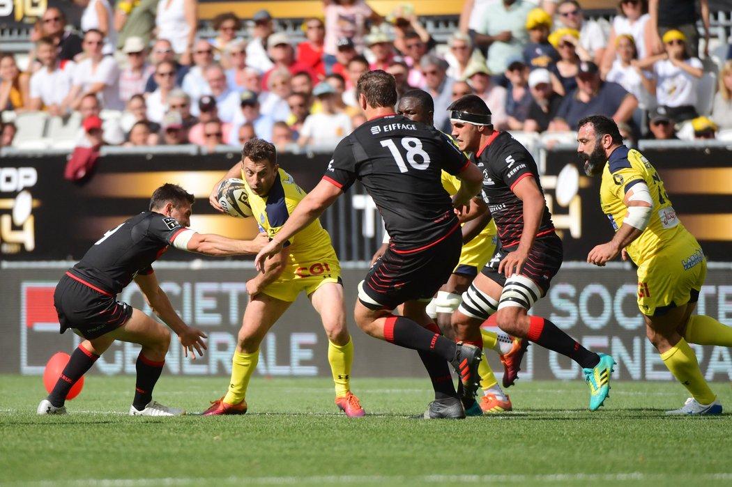 Rugby / ASM - Lyon : votre carnet de notes #rugby #ASMLOU #Top14 https://www.sports-auvergne.fr/clermont-ferrand-63000/sports/asm-lyon-votre-carnet-de-notes_13581297/…