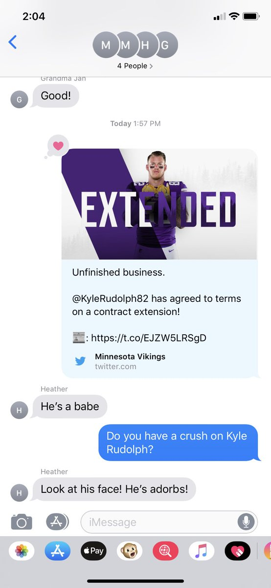 I think it's safe to say that my aunt has a crush on @KyleRudolph82