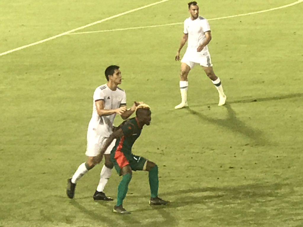 """بالصور .. المنتخب الوطني يتعادل أمام بورندي في أول اختبار قبل """"الكان"""" 31"""
