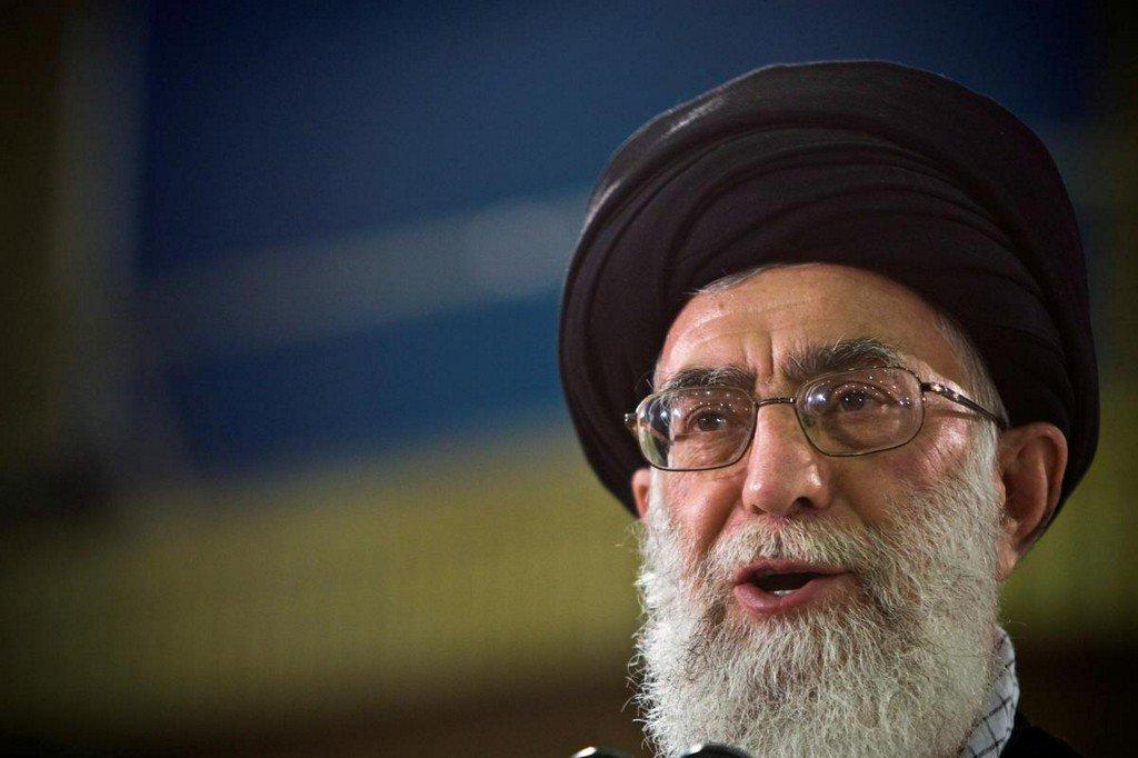 Iran's Khamenei says nation will not retreat in face of U.S. sanctions and 'insults': website http://www.reuters.com/article/us-mideast-iran-khamenei-idUSKCN1TR124?utm_campaign=trueAnthem%3A+Trending+Content&utm_content=5d134f26c0e5900001cb21c6&utm_medium=trueAnthem&utm_source=twitter…