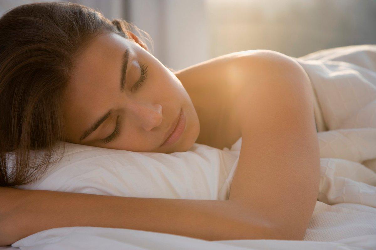 фотки спящих девушек голые - 10