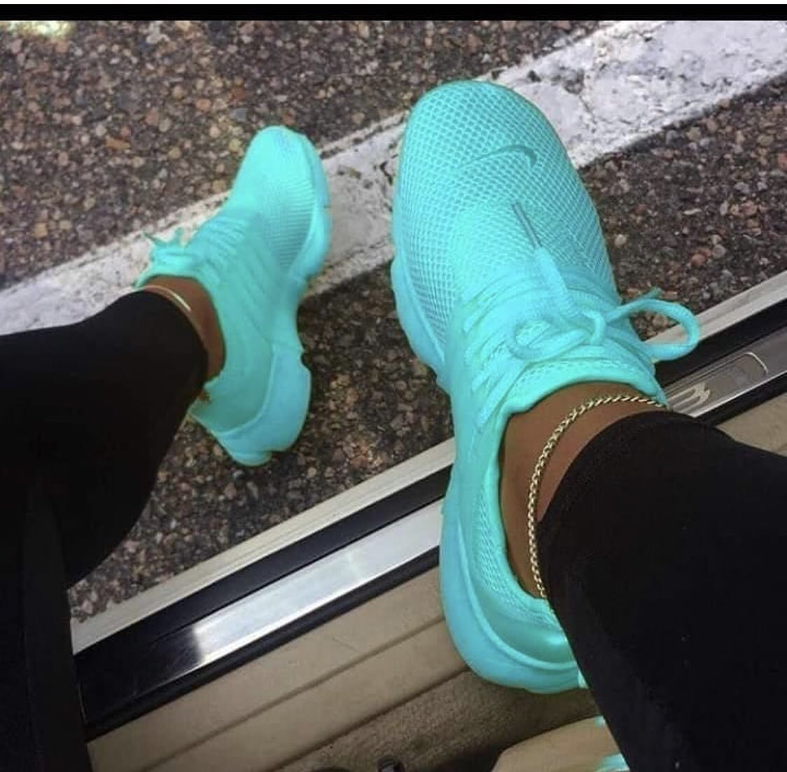 Female Sneakers Available.. Price: 10,000 Size: 37-41  Dm or whatsapp 08028524409 to order...  Delivery Available in Lagos and other states. #instaablogg9ja<br>http://pic.twitter.com/9rZLx1BgJO