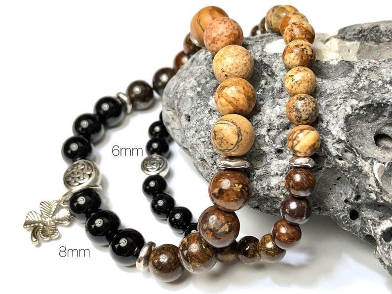 Pint of stout gemstone bracelet