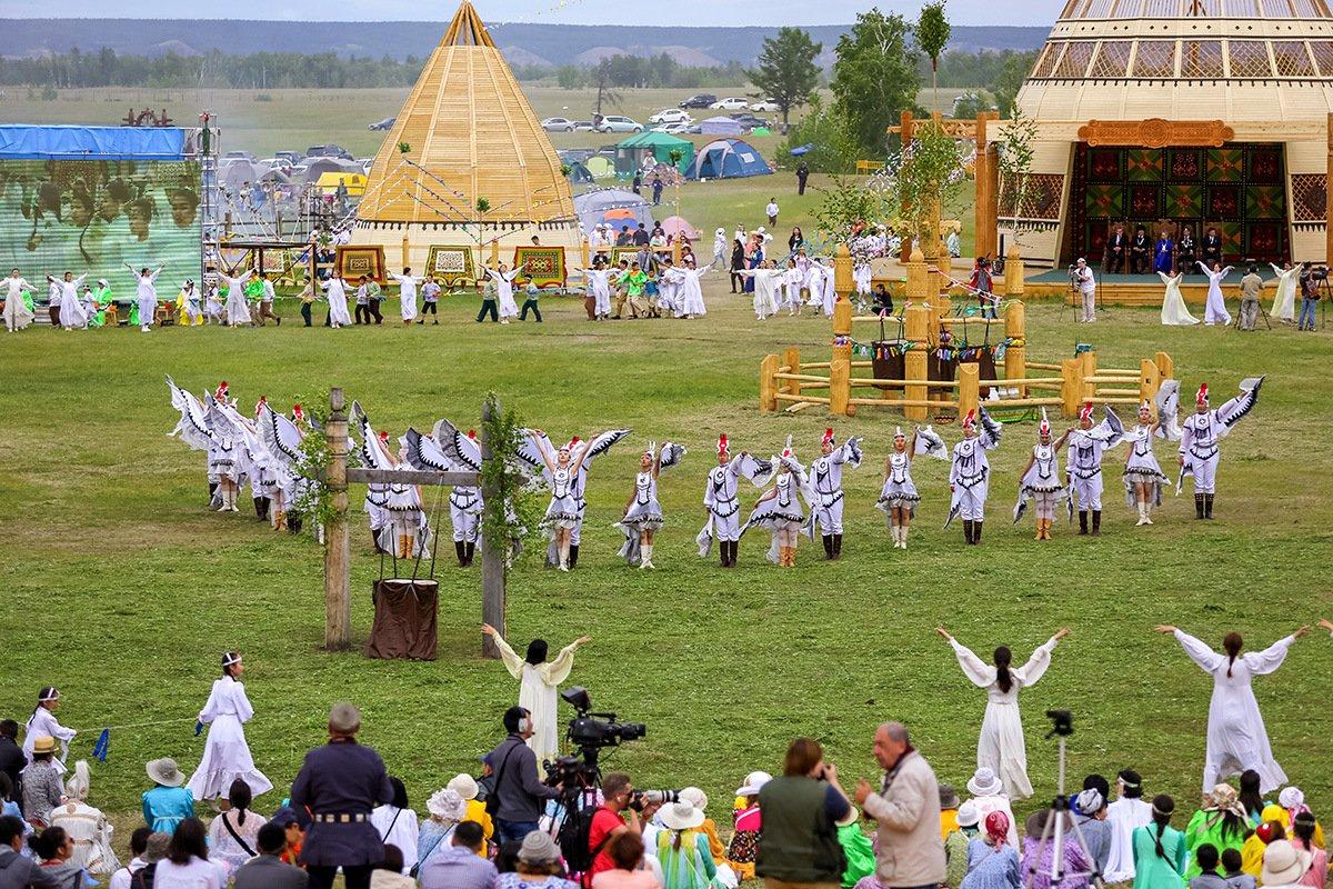 домашних пожелания на национальном празднике ысыах представляет собой