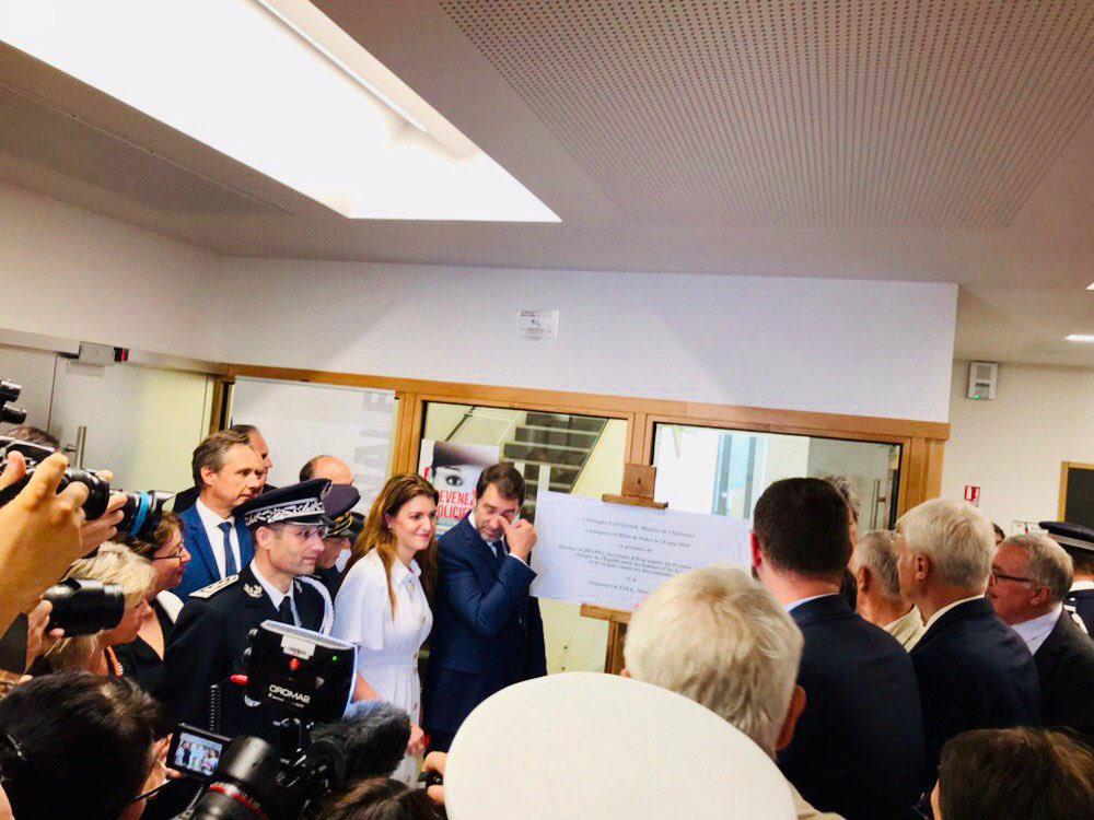 .@MarleneSchiappa et @CCastaner ont inauguré le nouveau commissariat du Mans ⤵️