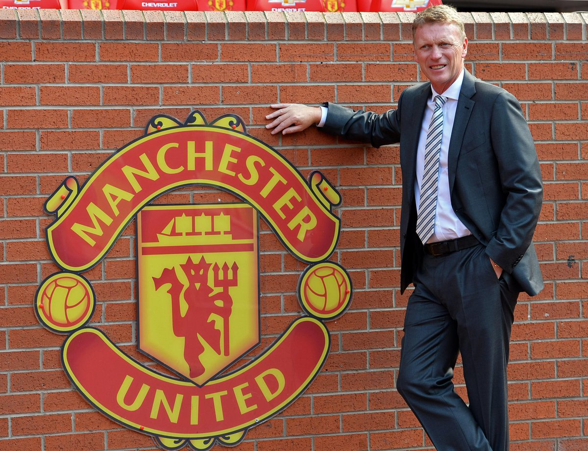 David Moyes has entered the last week of his 6-year #MUFC contract.   Sources say he's not confident it'll be renewed.