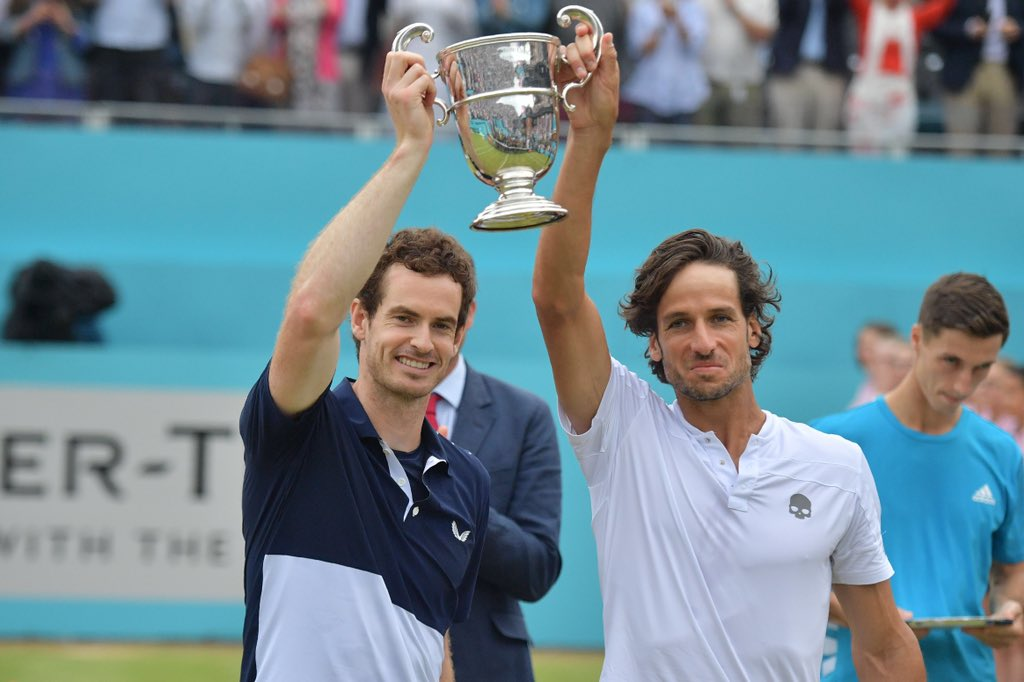 What a perfect comeback for @andy_murray winning @QueensTennis doubles with Feliciano Lopez!  Welcome back Andy! <br>http://pic.twitter.com/Mpg8fQ85bz