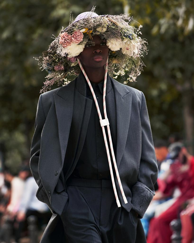 #LVMenSS20 Full bloom. A selection of floral looks from #VirgilAbloh's latest #LouisVuitton Collection. Watch the show on Twitter or at http://on.louisvuitton.com/6017ESRMR