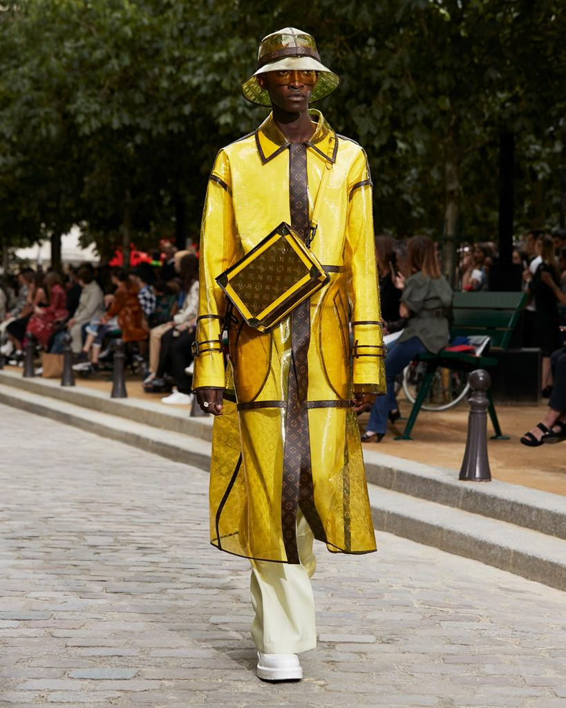 #LVMenSS20 Functional statements. Pieces with Monogram raincover from @VirgilAbloh's latest collection for #LouisVuitton. Watch the show on Twitter or at http://on.louisvuitton.com/6017ESnT9