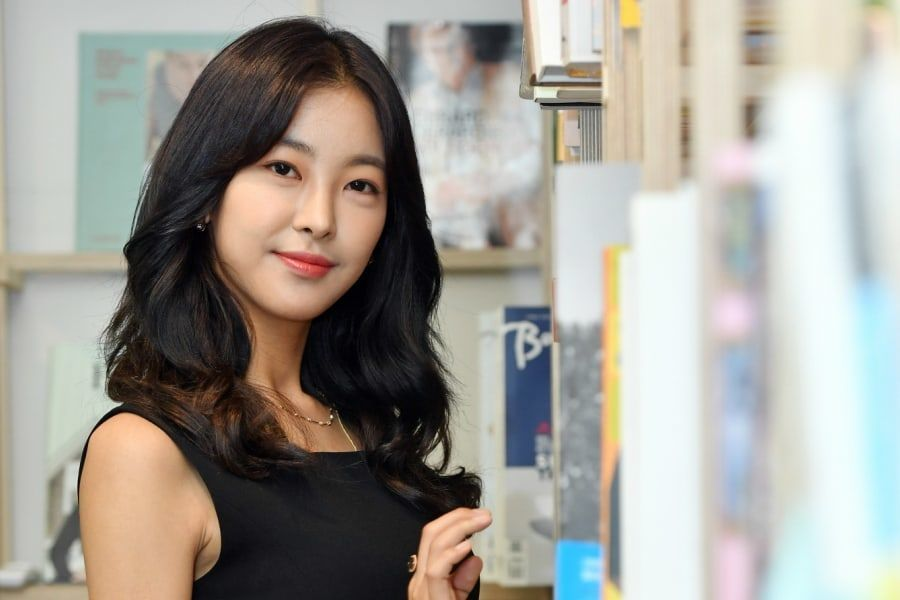 "#GoWonHee Candidly Talks About Plastic Surgery Rumor + Playing 2 Roles In ""Perfume""  https://t.co/SPacZ5DZ1T https://t.co/wvVtUuIEEg"