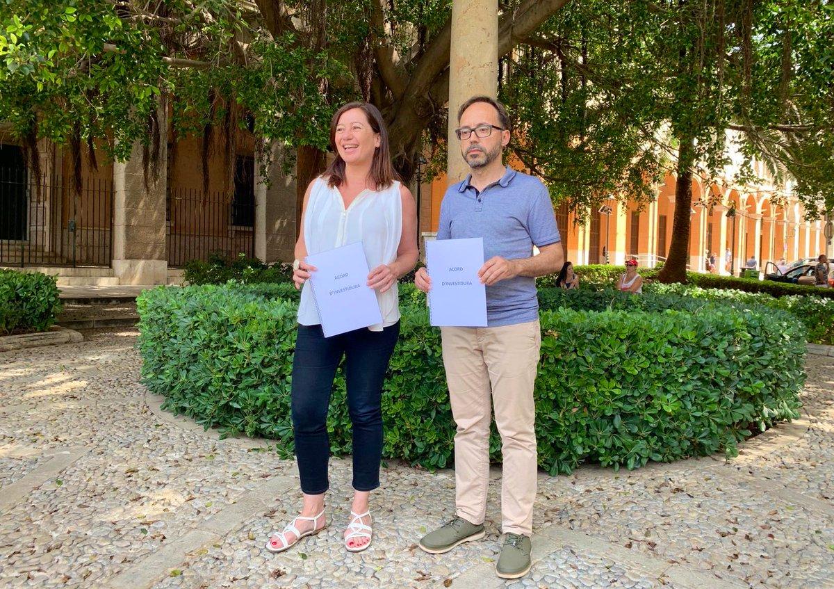 El PSIB-PSOE y Més per Menorca firman el acuerdo de investidura
