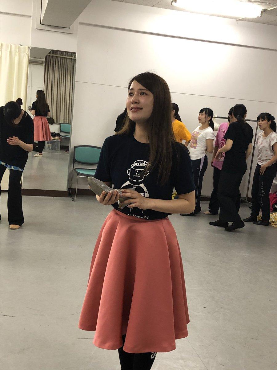 劇団東少です。 本日は、振付の残りと、芝居の立ち稽古に入りました。 役者さんにも熱が入ってきました。 どうぞお楽しみに!