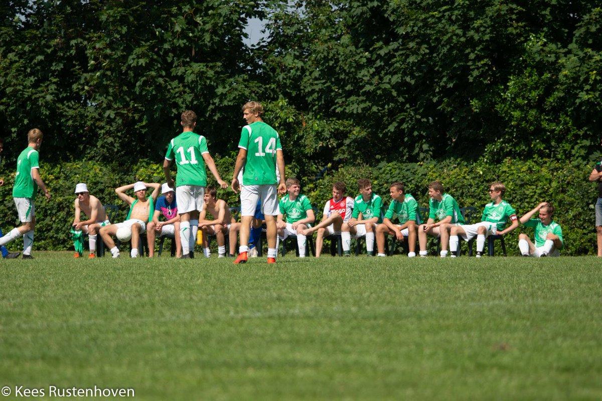 Gelukkig hebben we de foto's nog! Vier keer #ABtoernooiValthermond van afgelopen weekend... 👇🏻👇🏻 Meer foto's via de website van @vvvalthermond: https://www.vvvalthermond.nl/1/161/sv-borger-en-vv-valthermond-winnen-ab-toernooi/… #BorgerLeeft