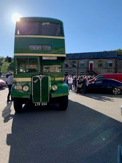 Our Year 11 pupils arriving in style to enjoy their end of Year Prom @Thevenuehalifax last week! #allgrownup
