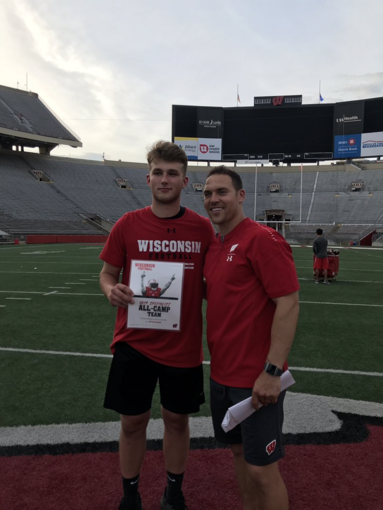 Thank you @tmehlhaff10 for having me out at Wisconsin yesterday! I'm happy to say I won the punt competition against some great punters! #OnWisconsin <br>http://pic.twitter.com/jewpFDBsjr