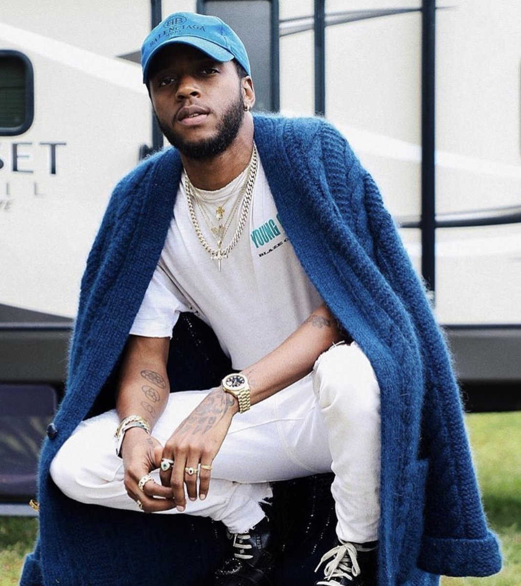 Happy Birthday @6LACK 🎉 May your light shine brighter ✨ We appreciate you 👑