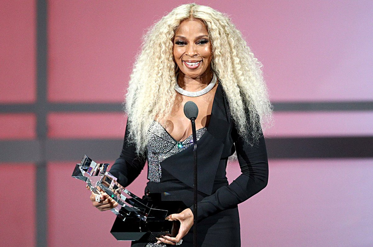 Here are the best moments from the 2019 #BETawards https://blbrd.cm/5bZZyb
